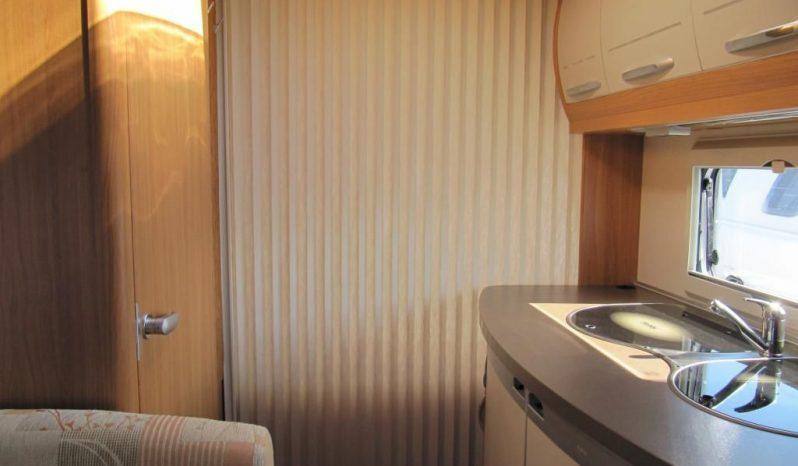 Hobby 440 SF, model 2010 + mover + před stan plná