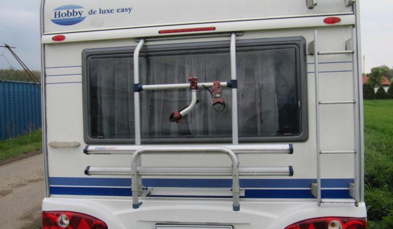 Hobby 450 UF, r.v.2005 + kompletní před stan+ nosič kol plná