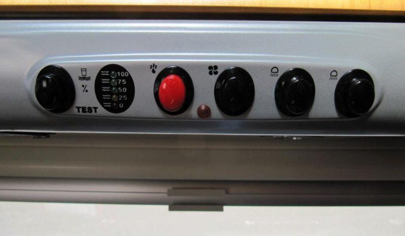 Hobby 460 UFE, model 2006 + mover + markýza plná