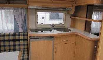 Hobby 460 UFE, r.v2002 + kompletní před stan + přední a zadní nosič kol plná
