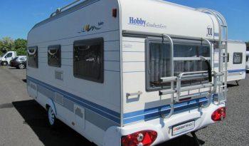 Hobby 495 UFE, model 2002 + mover + před stan plná