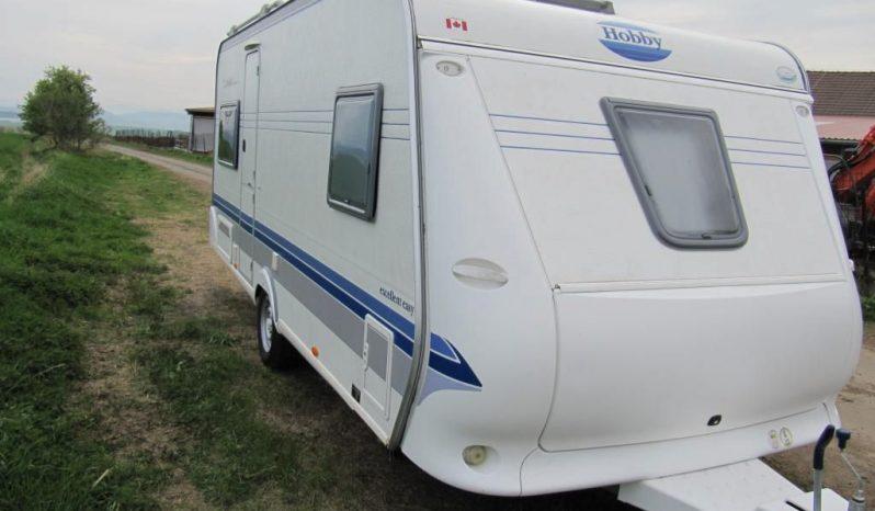 Hobby 495 UFE, r.v.2004 + mover + kompletní před stan + zadní nosič kol plná