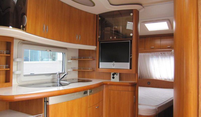 Hobby 495 UFE, model 2008 + mover + před stan + zadní nosič + TV plná
