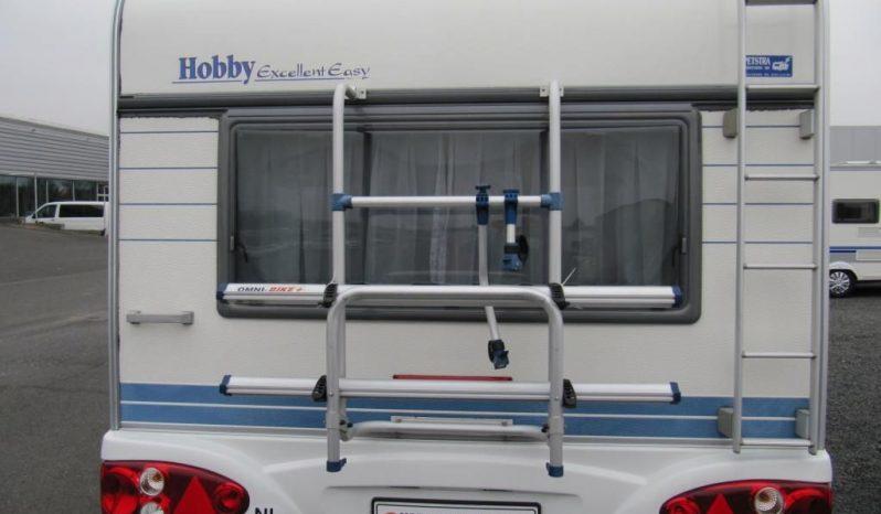 Hobby 495 UFE, r.v.2002 + před stan + nosič kol plná