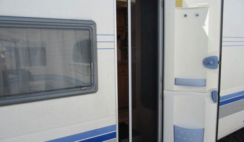 Hobby 495 UFE, model 2003 + před stan + zadní nosič 3x plná