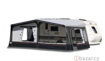 Hobby 540 UFE, model 2010 + mover + před stan plná