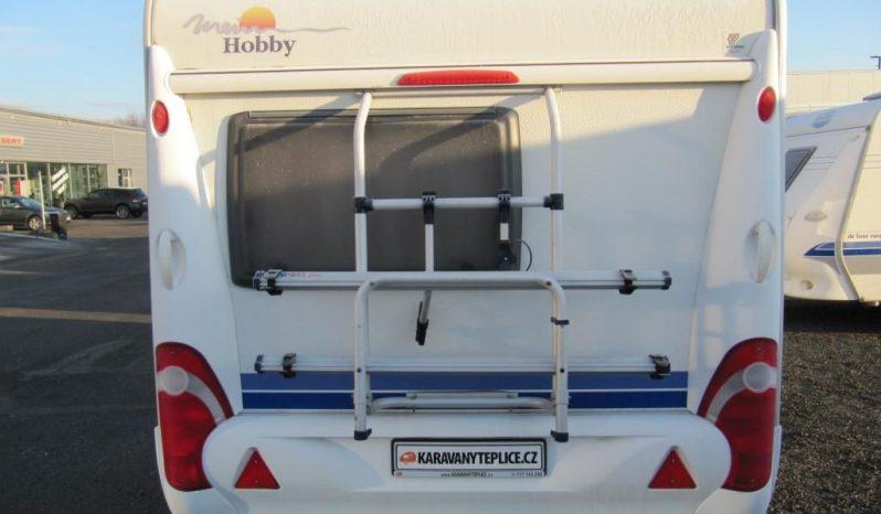 Hobby 400 SF, model 2008 + markýza + před stan plná