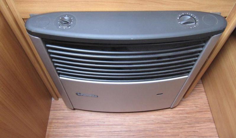 Hobby 400 SF, r.v.2010 + mover + satelit plná