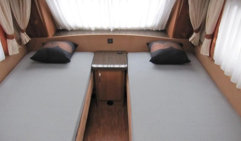 Hobby La Vita 495 UL, r.v.2010 + mover + stan plná
